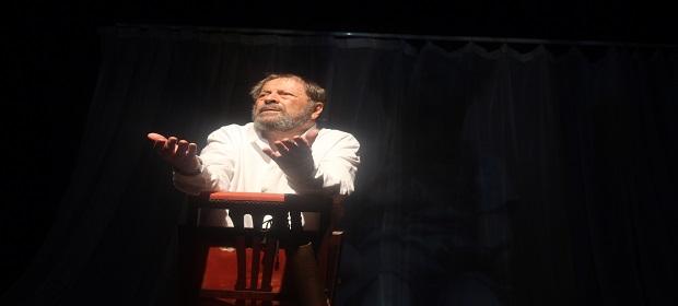 Carlos Vereza apresenta monólogo em Salvador neste final de semana.