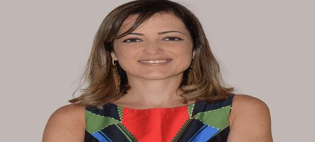 Milene Moura lança livro sobre a TV digital brasileira.