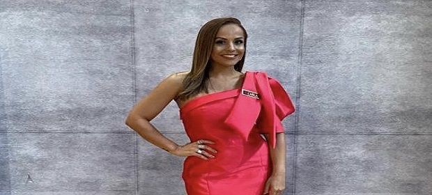Carla Cristina integra júri do reality 'Canta Comigo' da RecordTV.