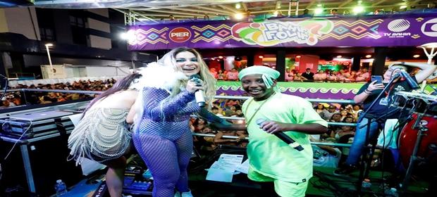 Maristela Müller agitou o circuito Dodô na sexta de carnaval