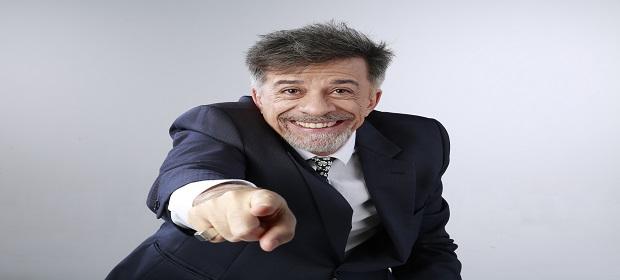 Fernando Guerreiro estreia espetáculo 'Revele! – Um desabafo cômico'.