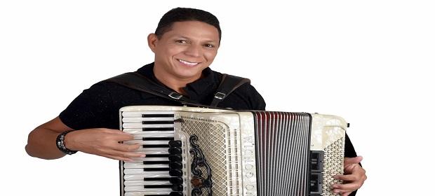 Targino Gondim lança EP Targino Sem Limites com grandes nomes.