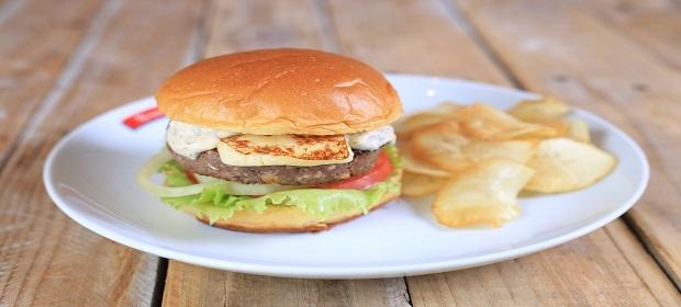 Hambúrguer de Carne de Sol é a nova aposta do Bonaparte.