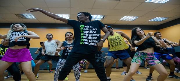 Fit Dance realiza aulão para crianças na Arena Fonte Nova.