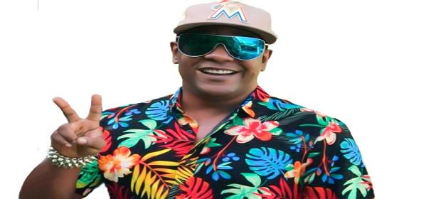 Márcio Victor anima o ´Arraiá do Psi´ em homenagem ao Samba Junino.