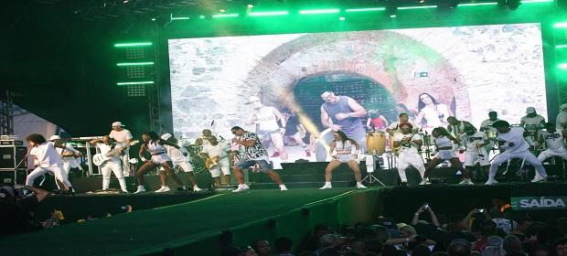 Salvador Fest: Harmonia colocou todo mundo pra dançar.