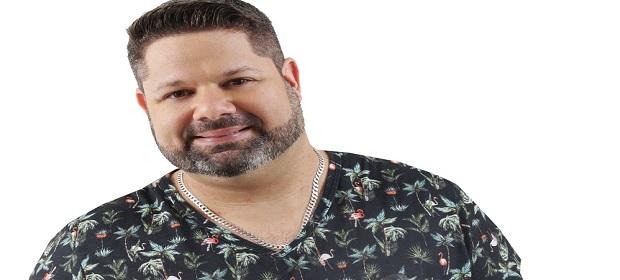 Danniel Vieira se apresentará no Parque Costa Azul.