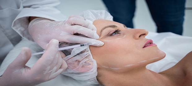 Procura por tratamentos estéticos cresce 50% entre os brasileiros.