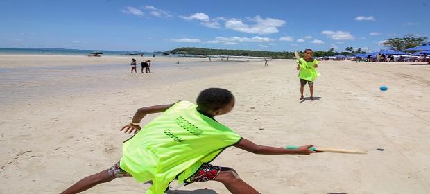 Subúrbio - Sou Verão leva esportes gratuitos para a praia.