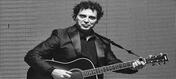 Frejat apresenta show voz e violão dia 23 de novembro no TCA.