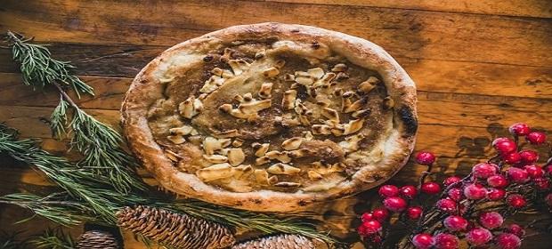 Mamma Jamma apresenta pizza de rabanada para o mês de dezembro.