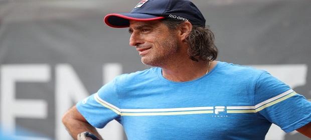Fernando Meligeni traz clima esportivo a Costa do Sauípe.