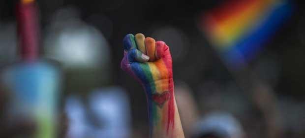 Dia do Orgulho LGBT: Saiba como lidar com a descoberta da sexualidade