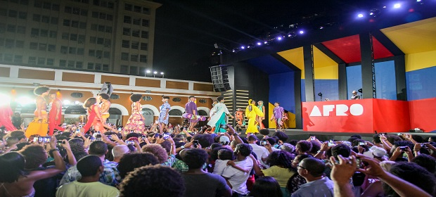Olodum sedia 1ª seletiva de modelos do Afro Fashion Day.