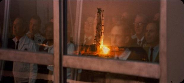 Drama de Neil Armstrong é destaque em trailer de 'O Primeiro Homem'.