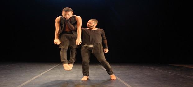 Espetáculo de dança marca a volta da Cia. João Perene aos palcos.