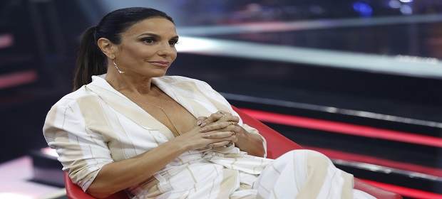 Ivete Sangalo da boas vindas ao Carnaval em campanha da TV Bahia
