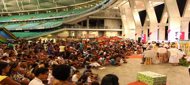 Danniel Vieira e Neojiba animam festa de Natal na Arena Fonte Nova.