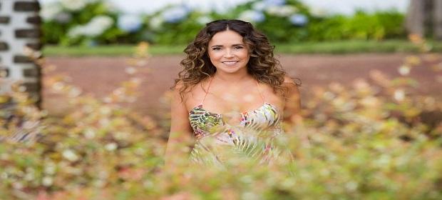 Daniela Mercury apresenta show inédito no Acústicos no MAM.