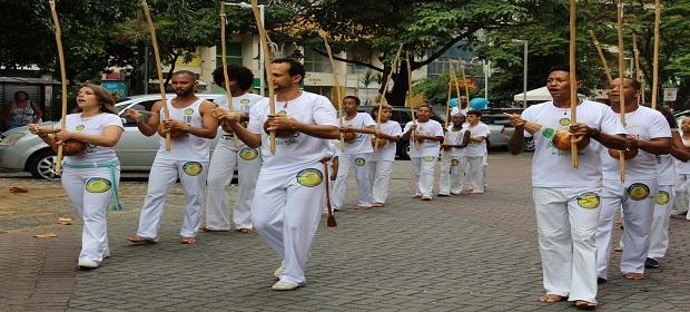 Capoeira Social: Projeto Vadiando estreia atividades na Vila Brandão.