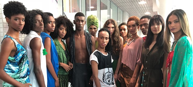 Estilistas baianos comandaram desfiles na abertura da 27ª Expo de Moda