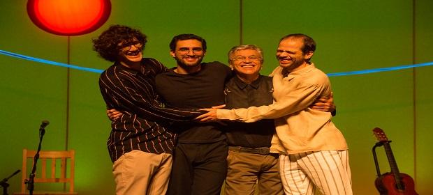 Caetano Veloso e filhos apresentam show 'Ofertório' no sábado.