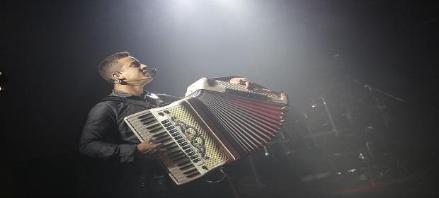 Forró do Tico e a dupla sertaneja André & Mauro animam o Zen Salvador.