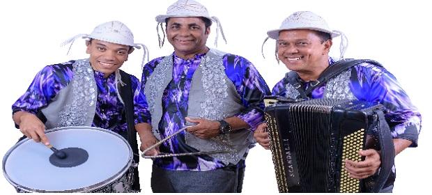 Trio Nordestino no aniversário do Coliseu do Forró.
