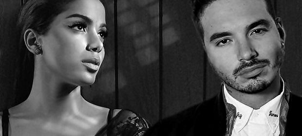 Anitta canta ao vivo com J. Balvin.