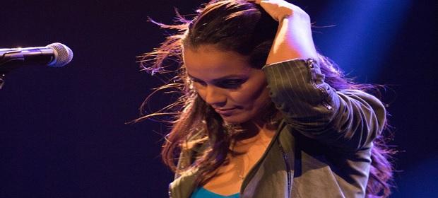 Ju Moraes lançou novo single nesta sexta-feira.