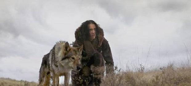 Sony Pictures divulga duas cenas de 'Alfa'.