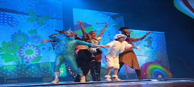Lore Improta segue tour de musical infantil com sucesso absoluto.