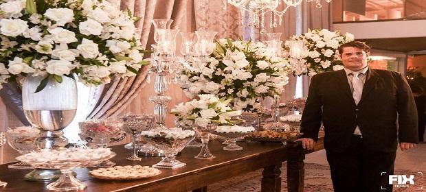 Cerimonialista presenteia noivos com noite em hotel 5 estrelas.