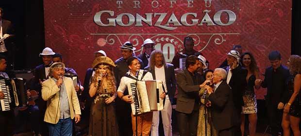 Forrozeiros lançam CD especial em homenagem às festas juninas